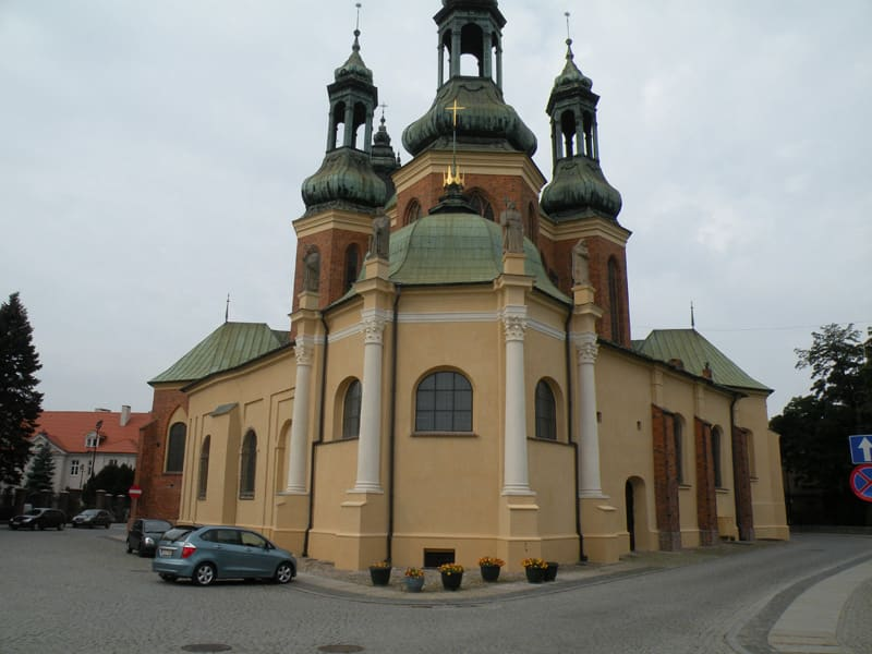 1711 po katedra 007 1
